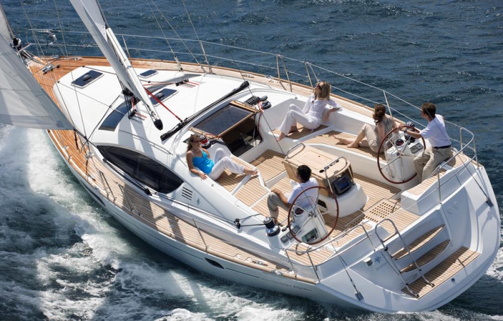 Boat rental Jeanneau Sun Odyssey 45 DS in Antibes on Samboat