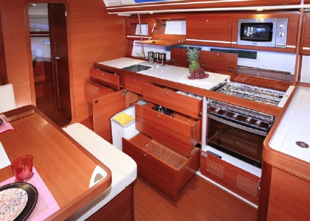 Hire Sailboat with or without skipper Dufour Cedros
