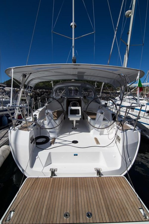 Sailboat for rent Angra do Heroísmo at the best price