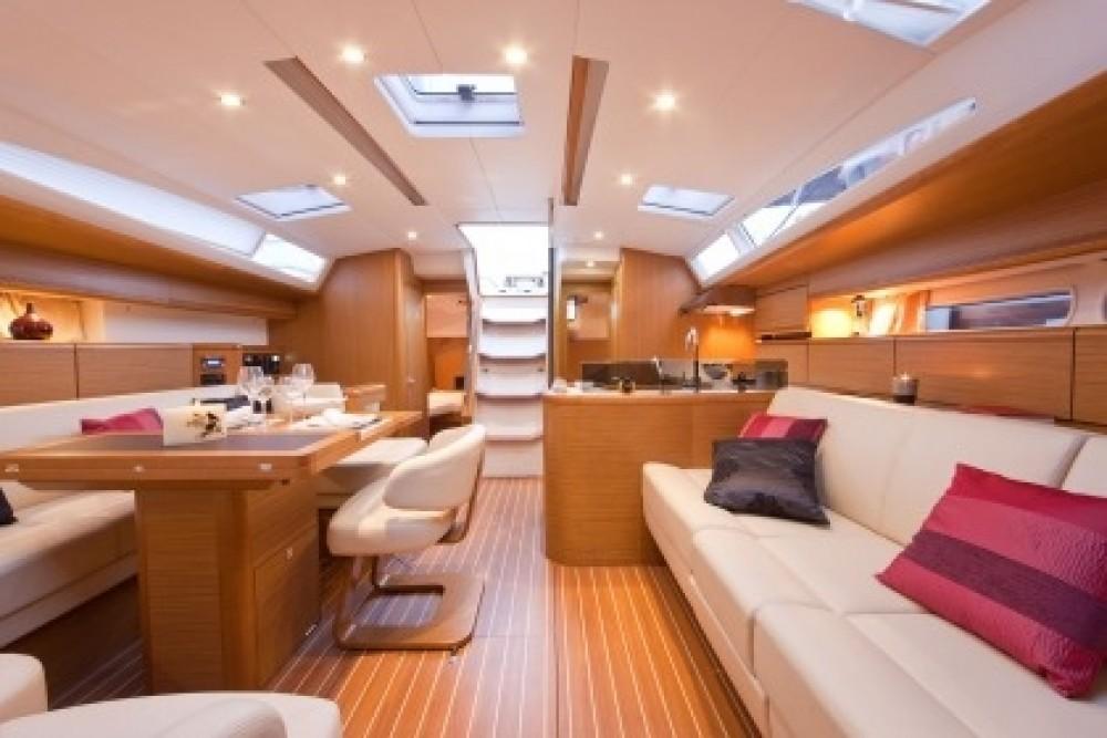 Boat rental Jeanneau Jeanneau 53 in Italy on Samboat