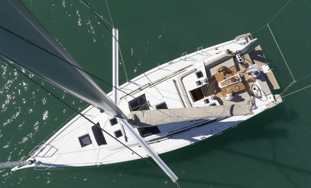 Rental Sailboat in Olbia - Dufour Dufour 430