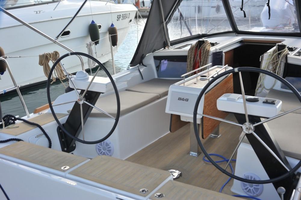 Rental Sailboat in Olbia - Dufour Dufour 350