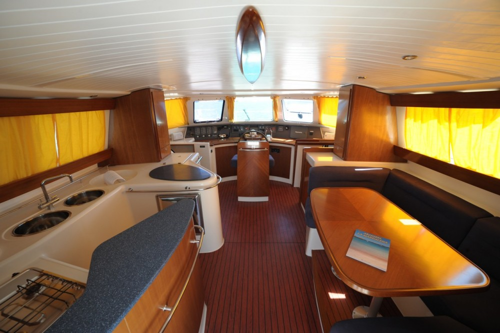 Motor boat for rent Olbia at the best price