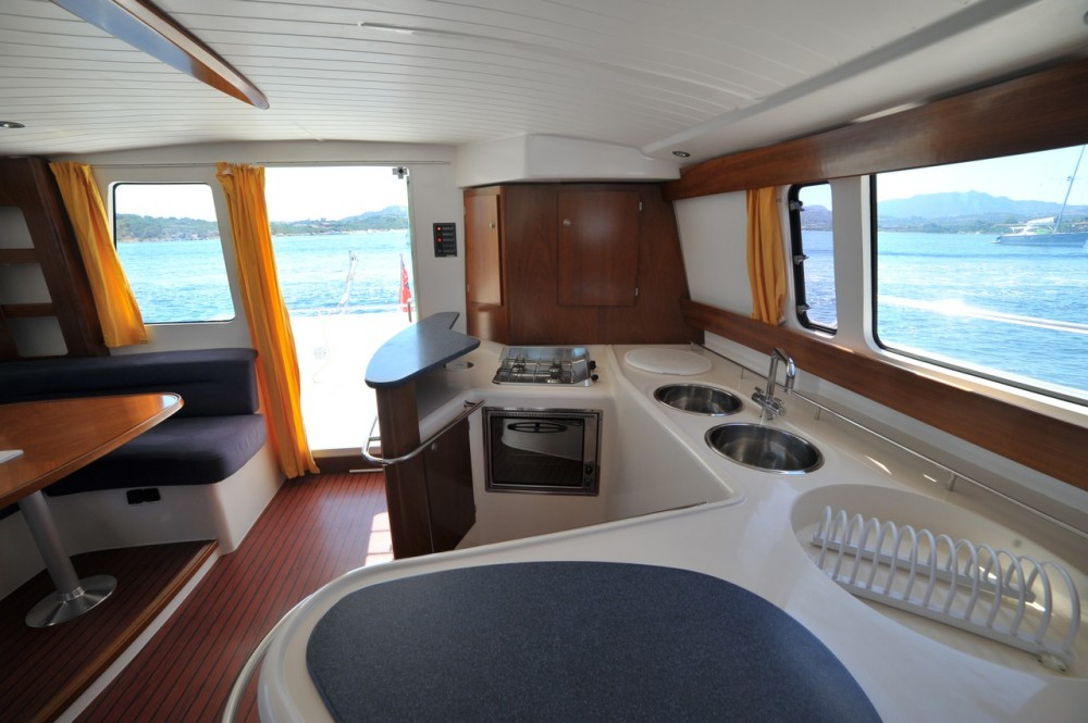 Boat rental Fountaine Pajot Maryland 37 in Olbia on Samboat