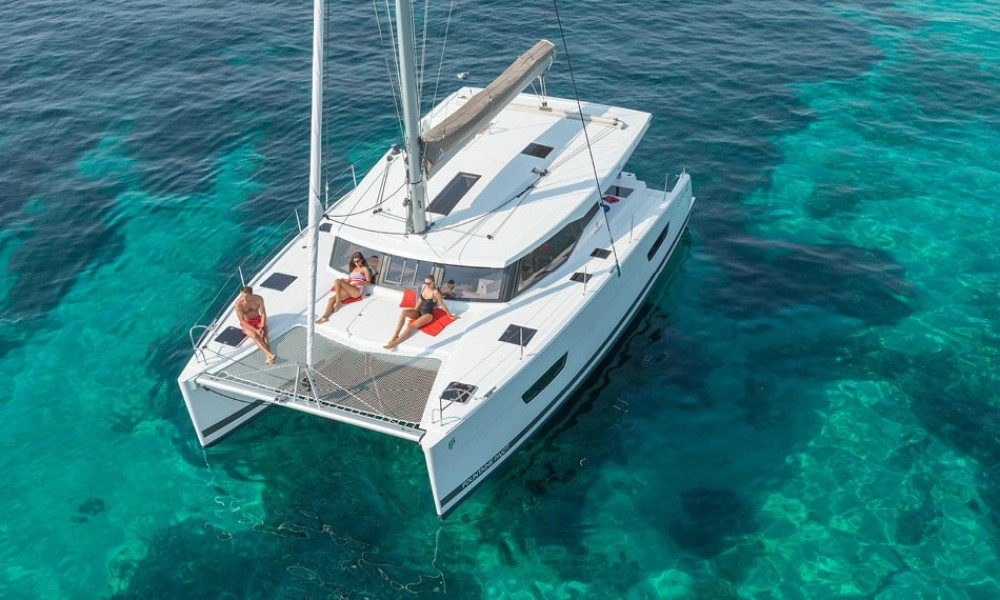 Rental yacht Ajaccio - Fountaine Pajot Lucia 40 on SamBoat