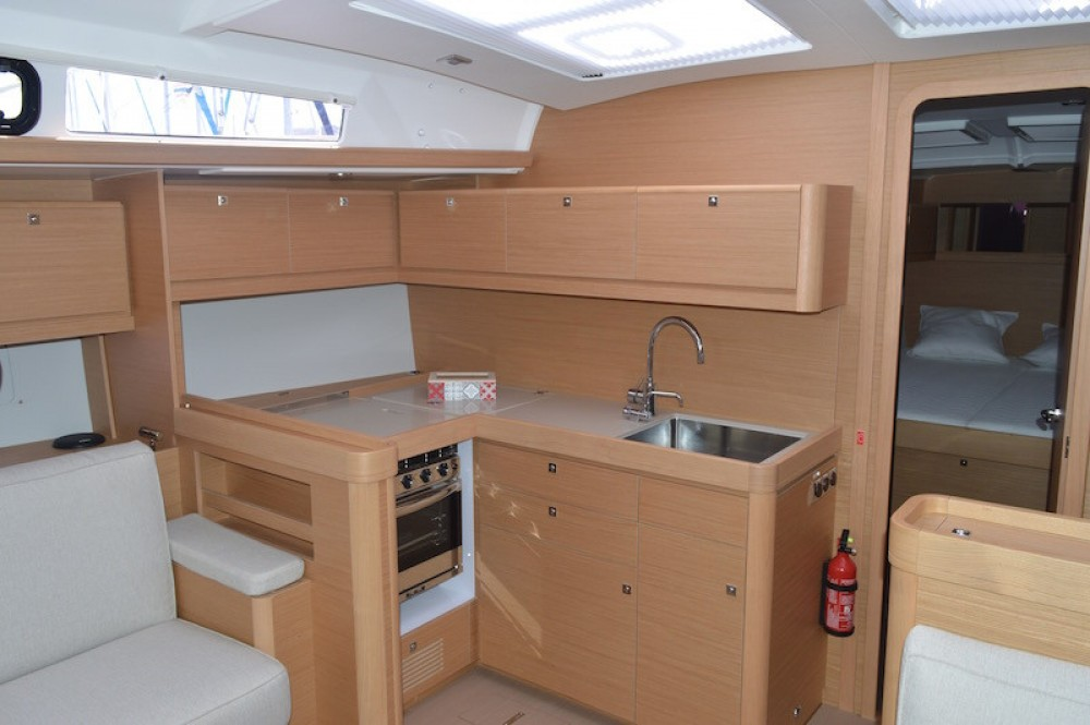Boat rental Dufour Dufour 460 Grand Large in Ajaccio on Samboat