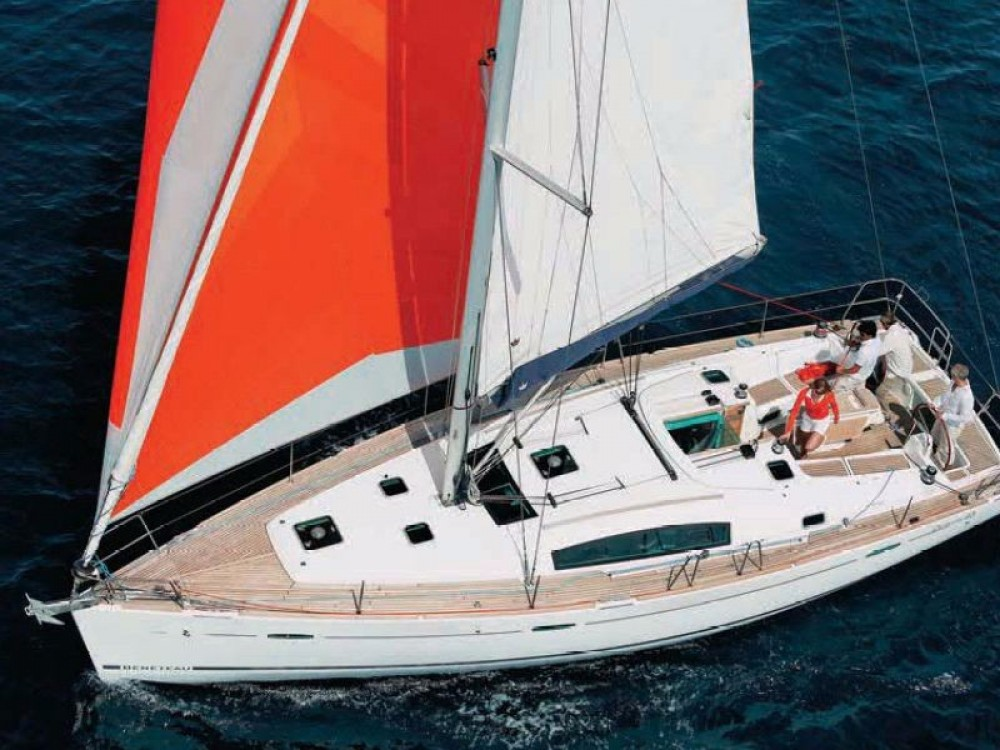 Bénéteau Oceanis 43 between personal and professional Formentera