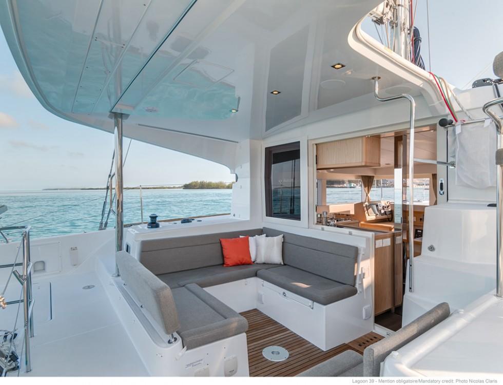 Boat rental Ajaccio cheap Lagoon 39