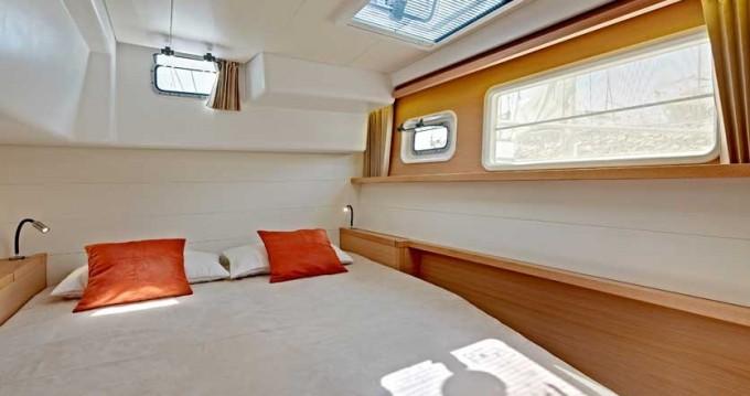 Boat rental Playa Sardinera cheap Lagoon 450 F