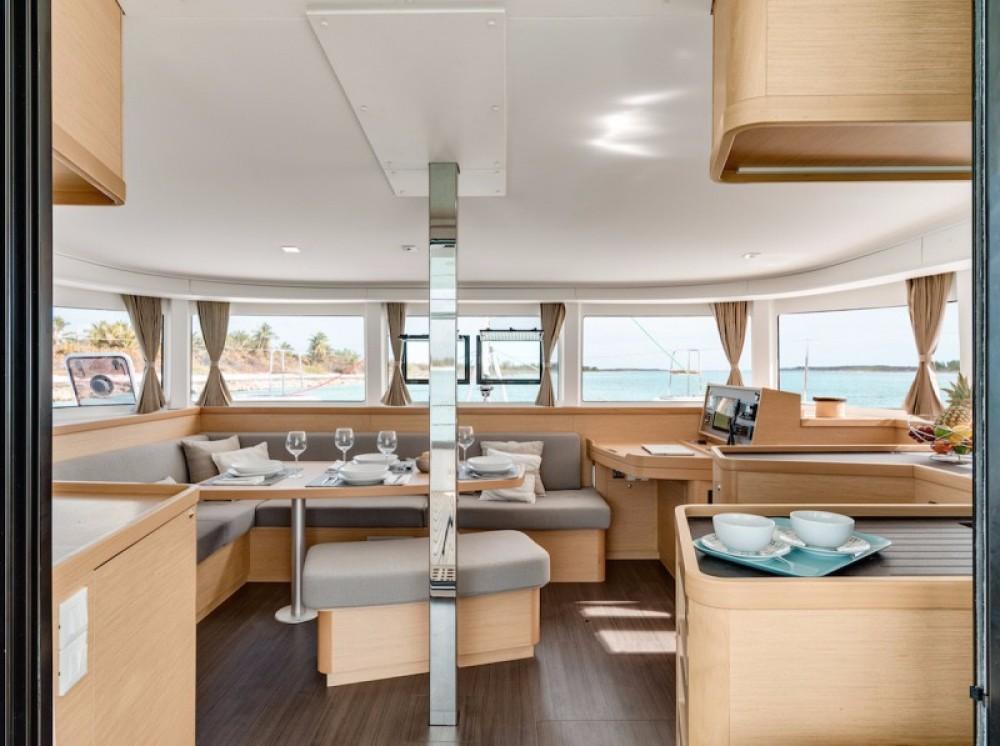Boat rental Puerto Rico cheap Lagoon 420