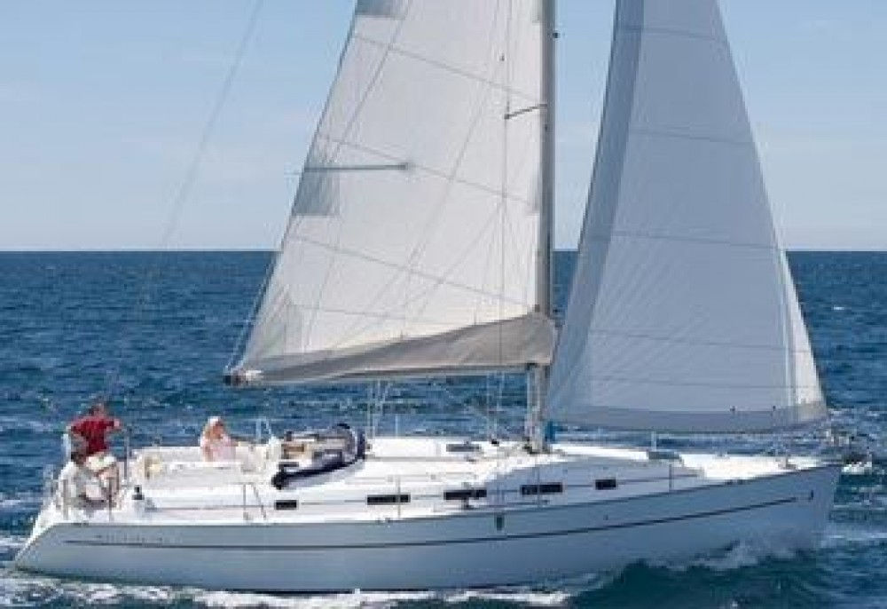 Sailboat for rent Macinaggio at the best price