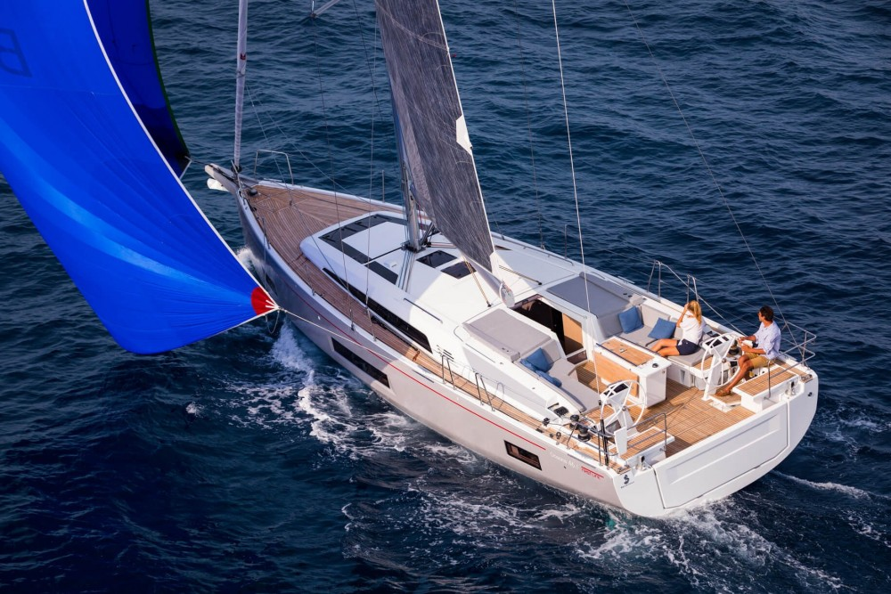 Rental Sailboat Galeon 510 SKY with a permit