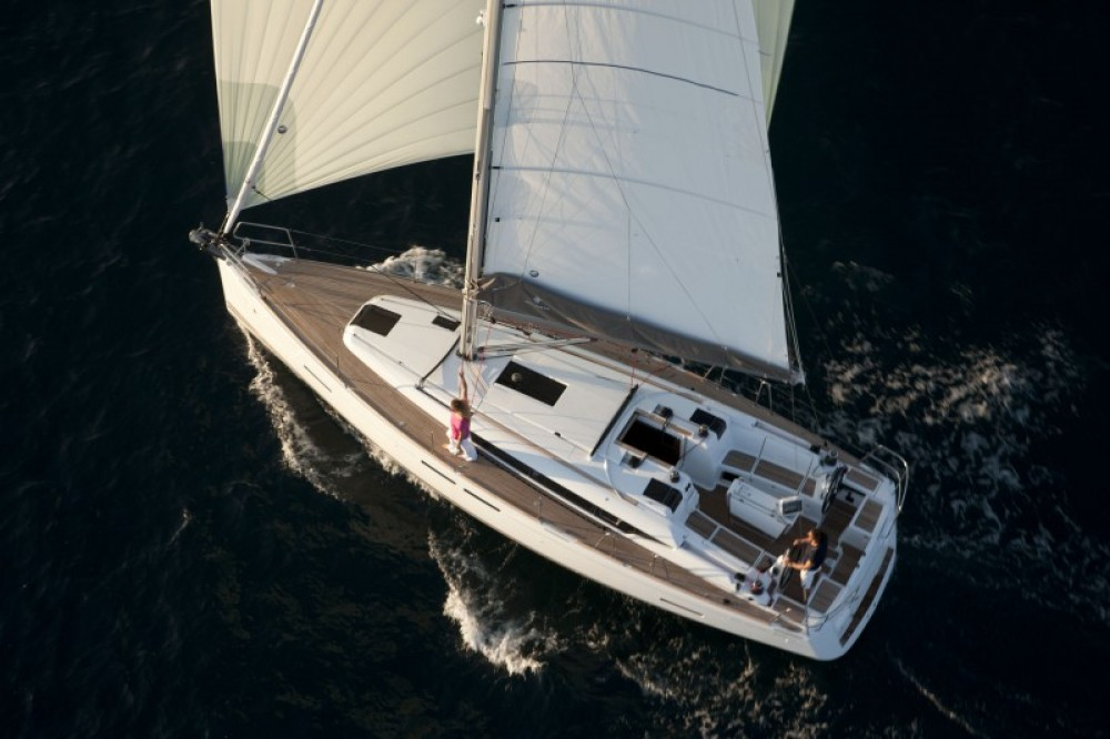 Boat rental Procida cheap Oceanis 381