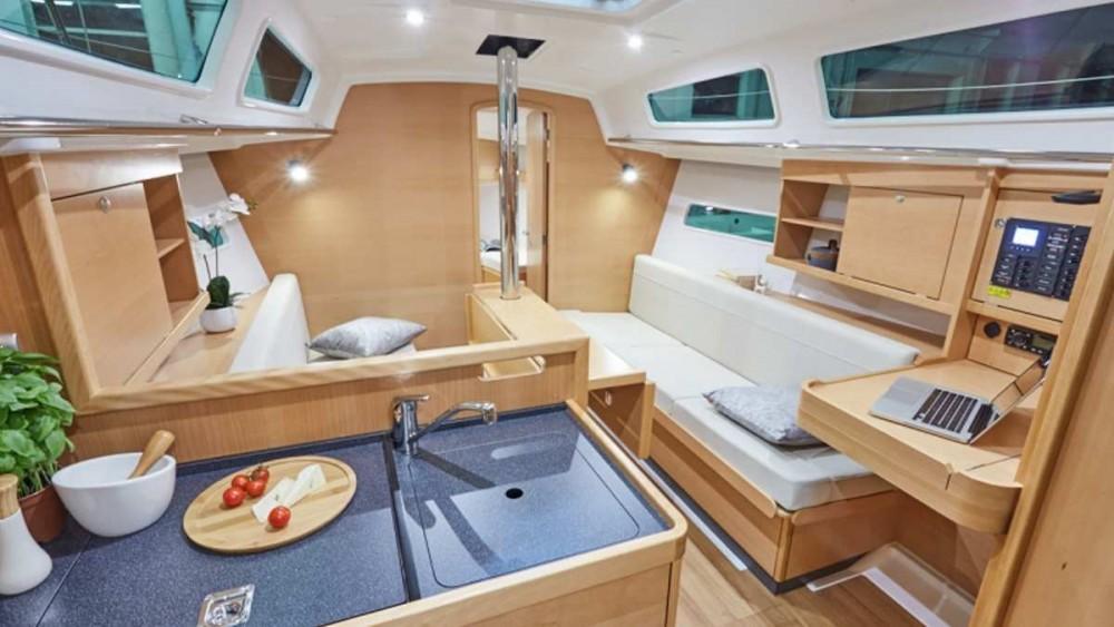 Rental Sailboat in Furnari - Jeanneau Sun Odyssey 319