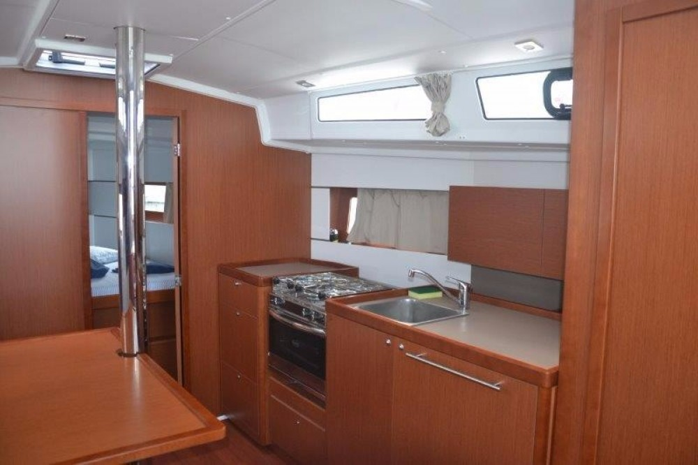 Bénéteau Oceanis 38.1 between personal and professional Cannigione