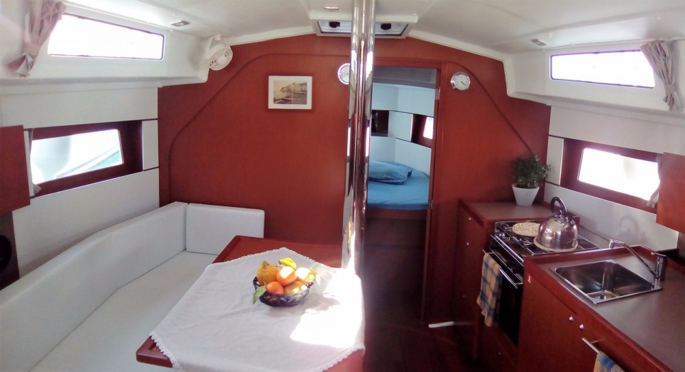 Boat rental Furnari cheap Oceanis 38