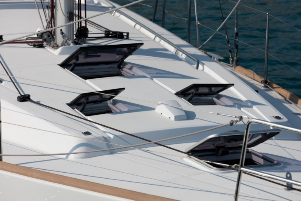 Boat rental Bénéteau Oceanis 41 in Procida on Samboat