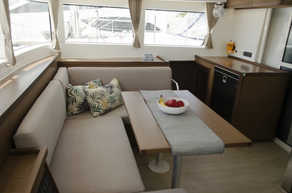 Boat rental Athens cheap Lagoon 40