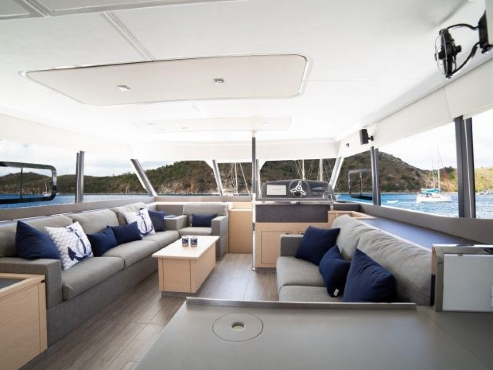 Boat rental Fountaine Pajot My 44 in Road Town on Samboat