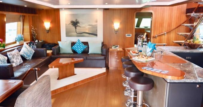 Rental Yacht Horizon with a permit