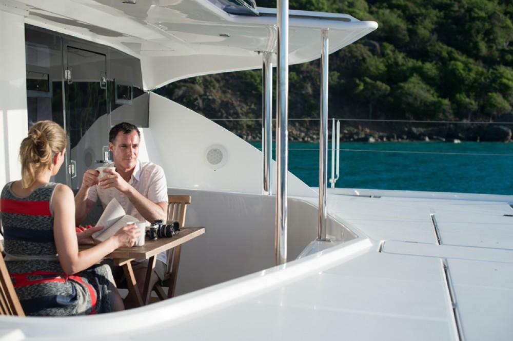 Boat rental Cannigione cheap Leopard 48