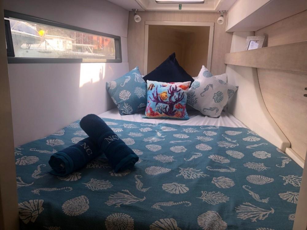 Boat rental Cartagena cheap Leopard 43 PC