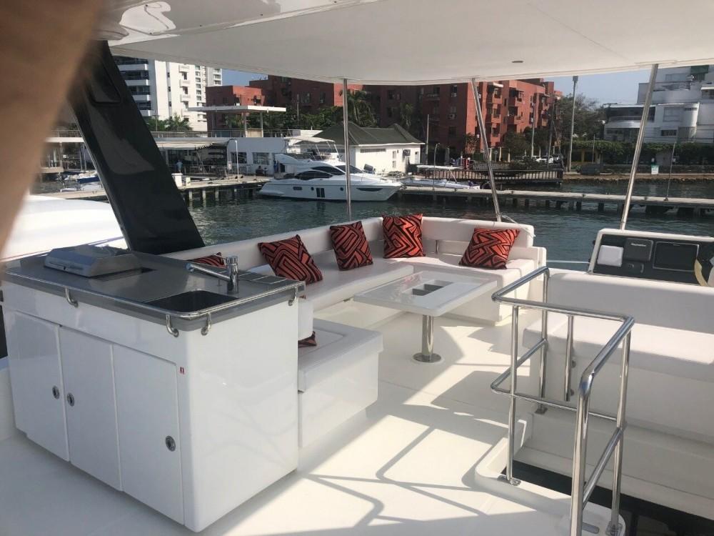 Rental Catamaran in Cartagena - Leopard Leopard 43 PC