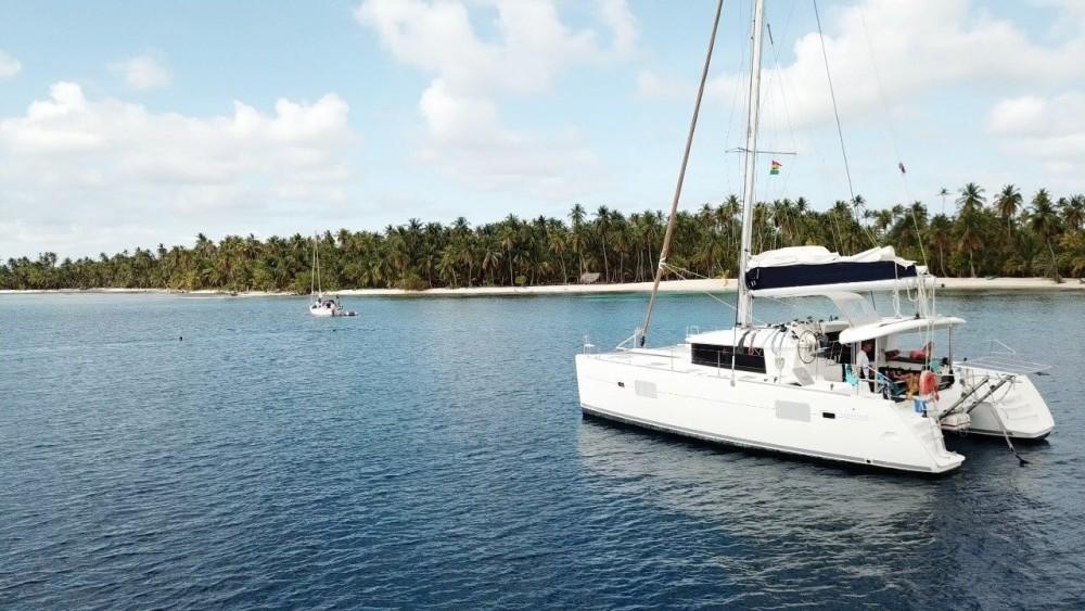 Boat rental Lagoon Lagoon 400 in Carthagène on Samboat
