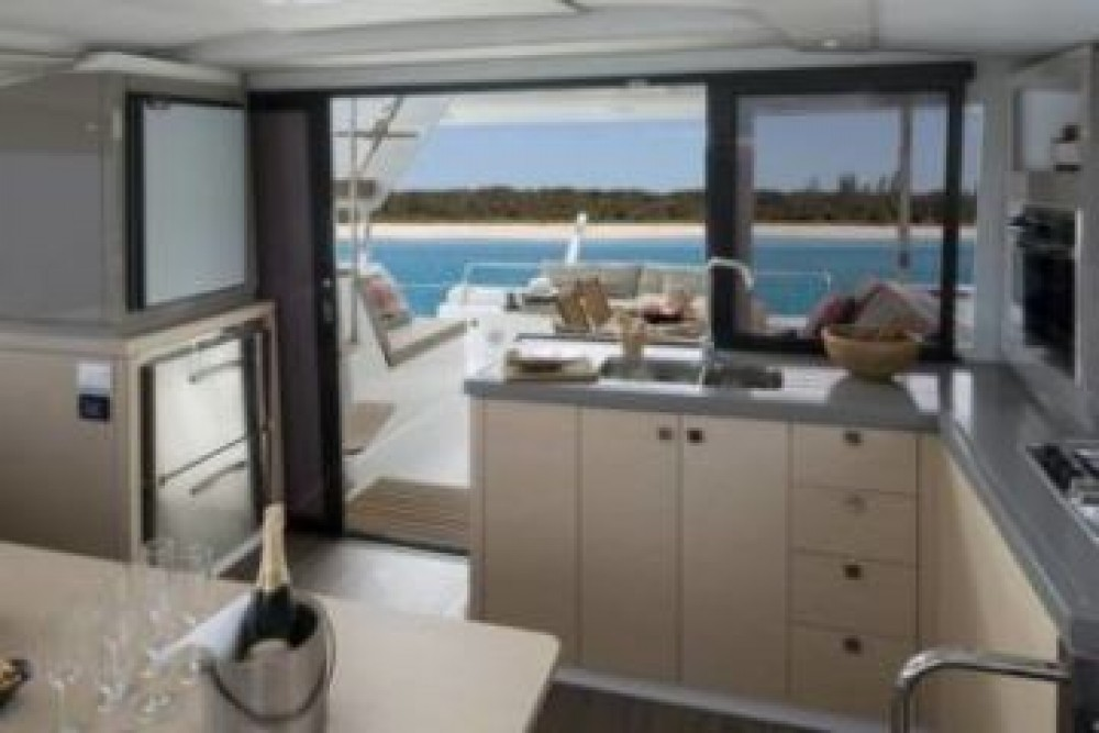 Boat rental  cheap Fountaine Pajot