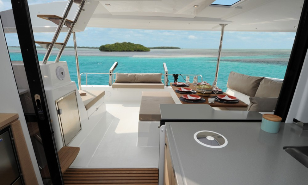 Hire Catamaran with or without skipper  US Virgin Islands