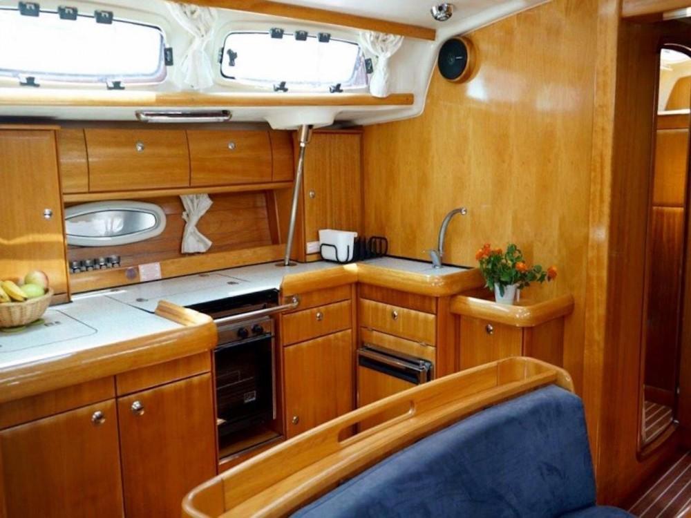 Boat rental Bavaria Bavaria 46 Cruiser in  on Samboat