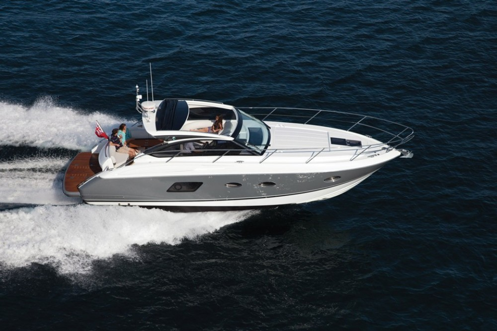 Hire Motor boat with or without skipper Princess-Yachts