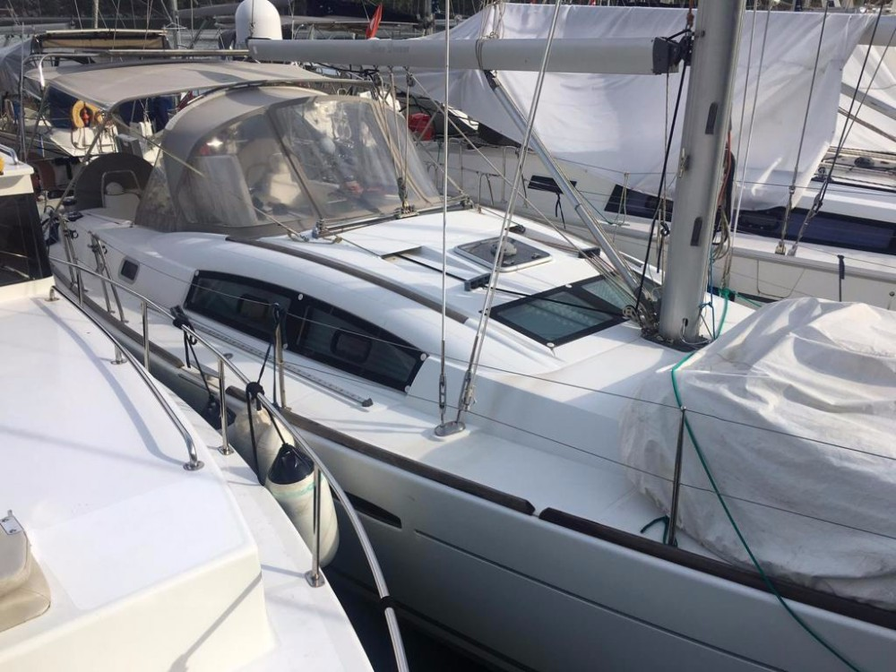Bénéteau Oceanis 40 between personal and professional Muğla