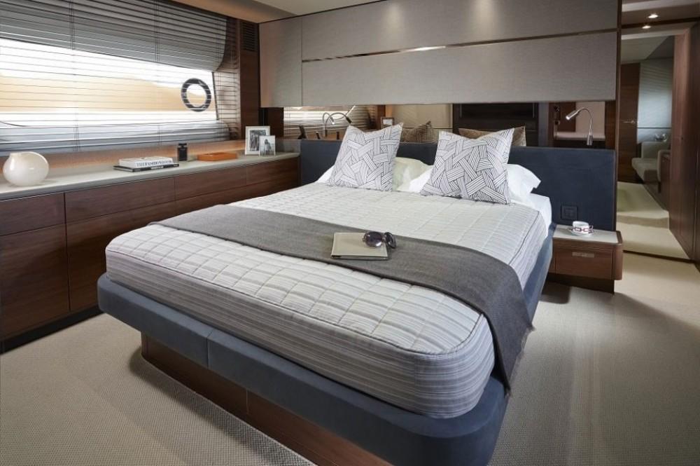 Boat rental Princess-Yachts Princess S65 in  on Samboat