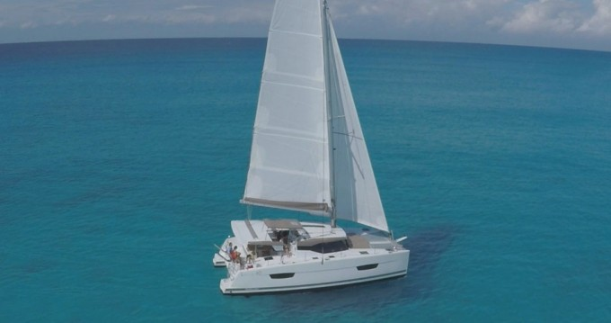 Boat rental Tortola cheap Lucia 40