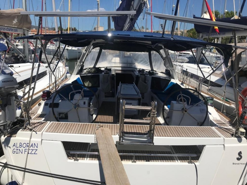 Hire Sailboat with or without skipper Bénéteau El Rosario