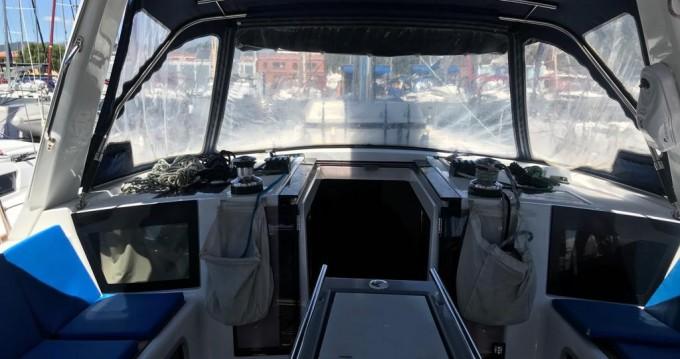 Hire Sailboat with or without skipper Bénéteau Palma de Mallorca