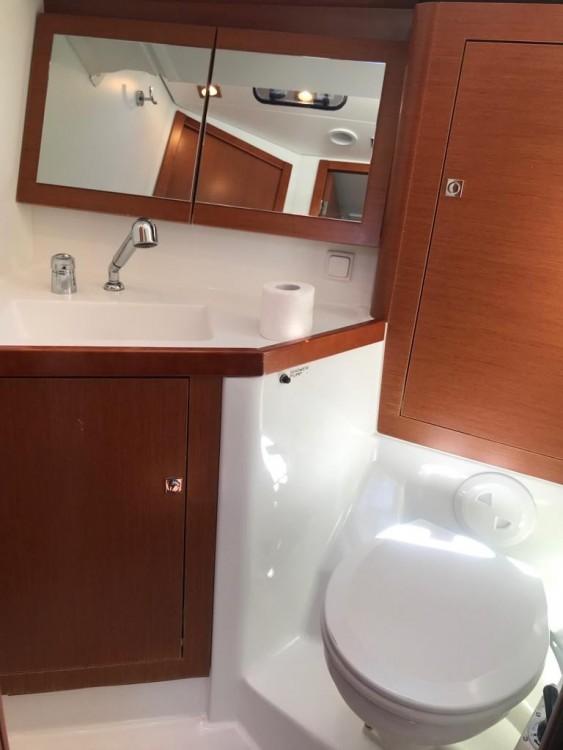 Rental yacht Palma - Bénéteau Oceanis 45 on SamBoat
