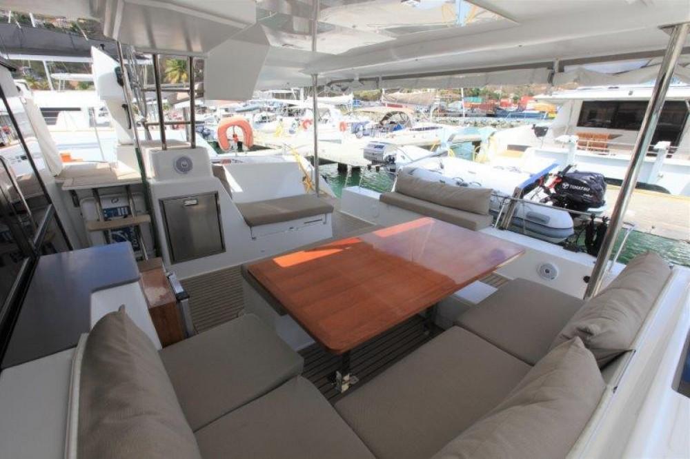 Boat rental Road Town cheap Helia 44 Evolution