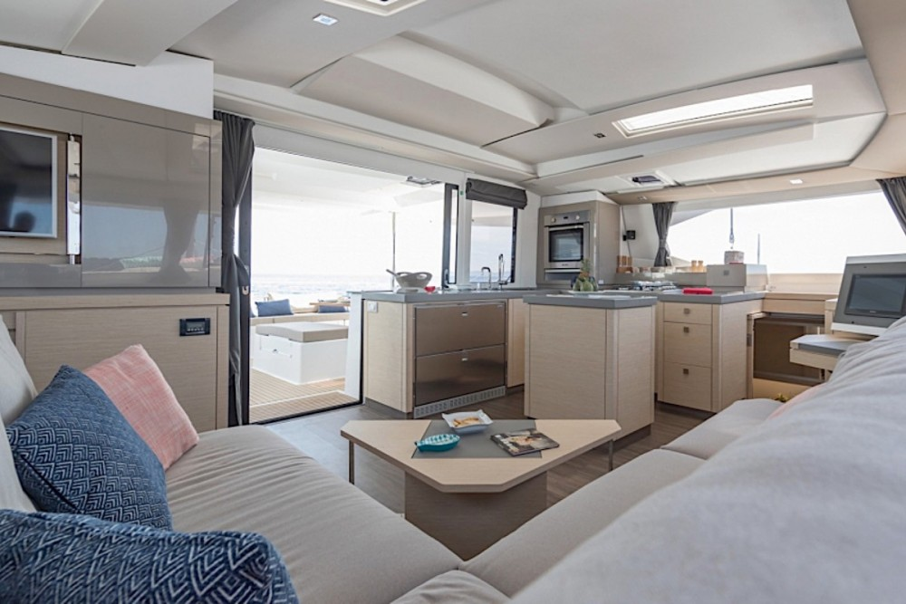 Boat rental Road Town cheap Fountaine Pajot