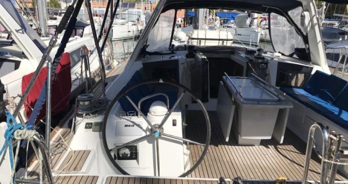 Rental yacht Tenerife (Island) - Bénéteau Oceanis 45 on SamBoat