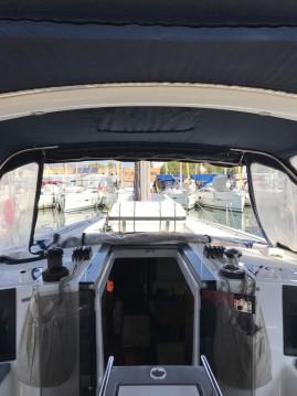 Rental Sailboat in Tenerife (Island) - Bénéteau Oceanis 45