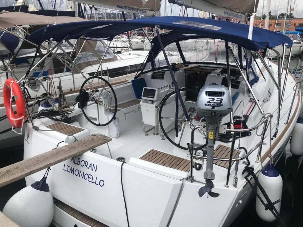 Rental yacht Palma - Jeanneau Sun Odyssey 419 on SamBoat