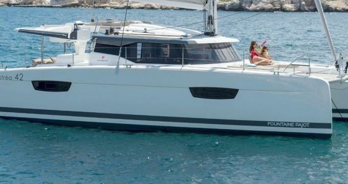 Rental yacht Tortola - Fountaine Pajot Astrea 42 on SamBoat