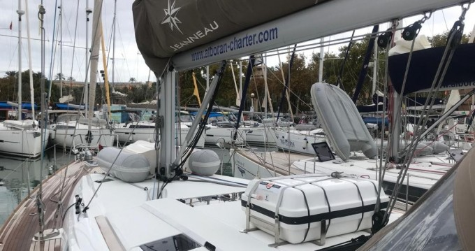 Boat rental Jeanneau Sun Odyssey 519 in Gran Canaria on Samboat