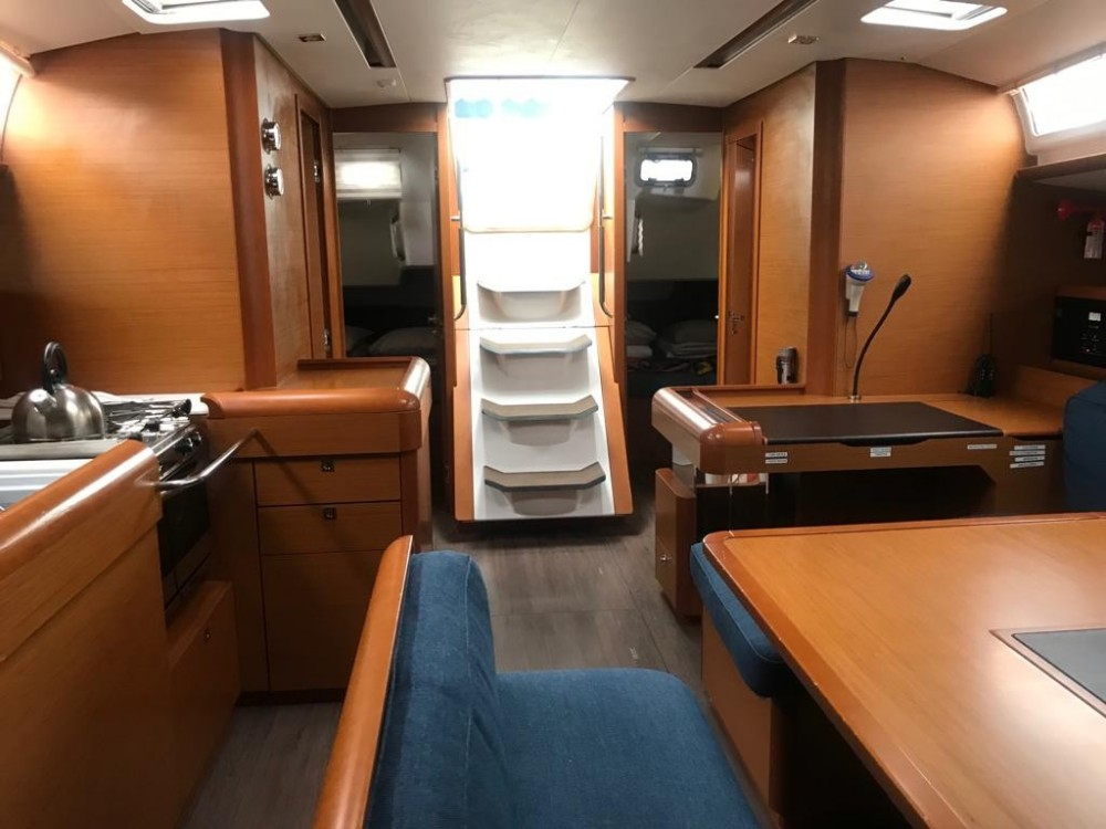 Hire Sailboat with or without skipper Jeanneau Tejeda