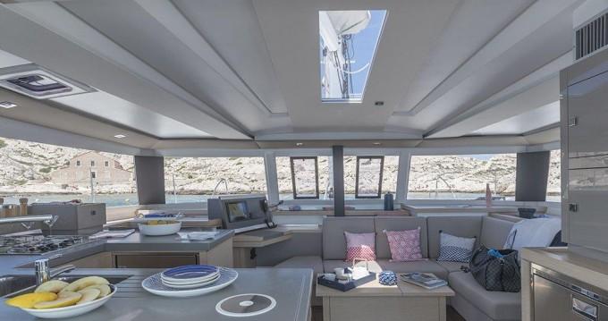 Rental Catamaran in Tortola - Fountaine Pajot Astrea 42