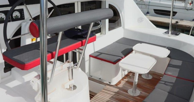 Rental Catamaran in Tortola - Lagoon Lagoon 380