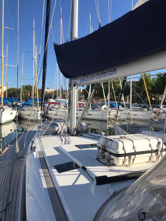 Hire Sailboat with or without skipper Jeanneau Palmeira
