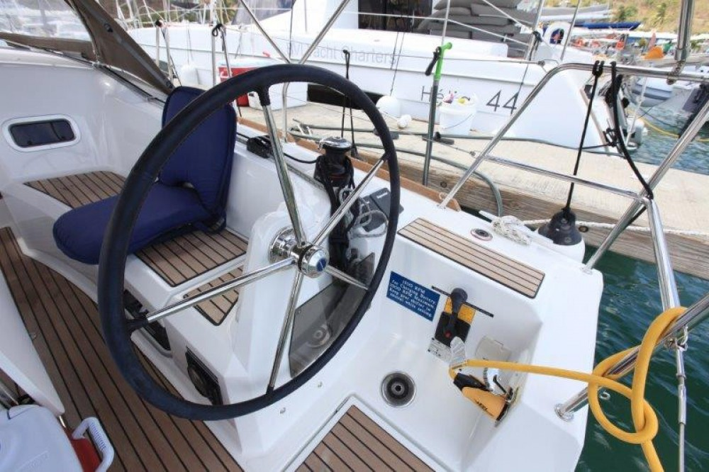 Rental Sailboat in Road Town - Jeanneau Sun Odyssey 349